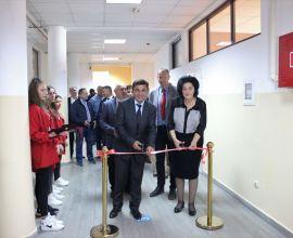 Novi Karijerni Centar u Prizrenu Koji će Pomoći Stotinama Učenika da se Informišu o Izboru Karijere